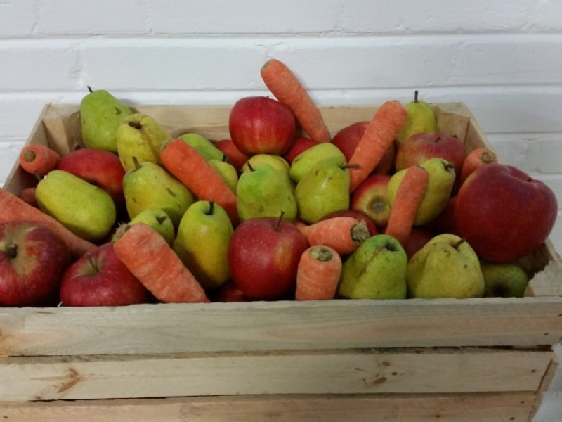 skrzynka owoce